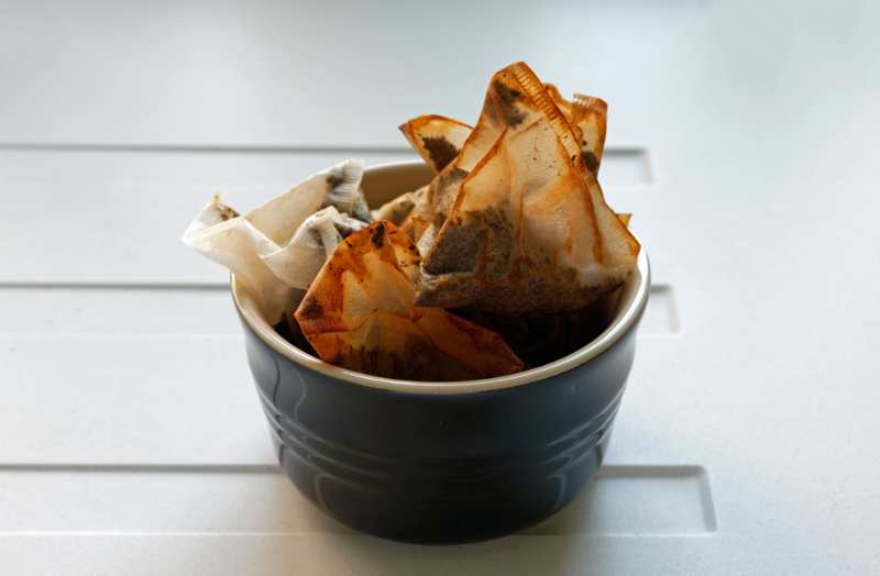 used-teabags-bowl-on-draining-board