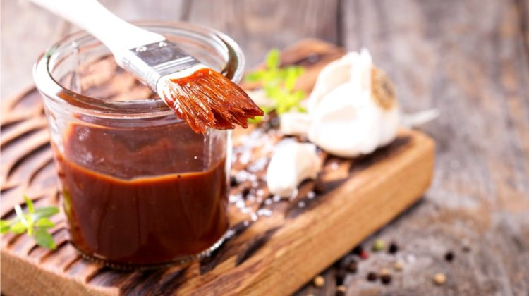 barbeque sauce basting brush jar | Homemade BBQ Sauce | Recipes For Homesteading | featured