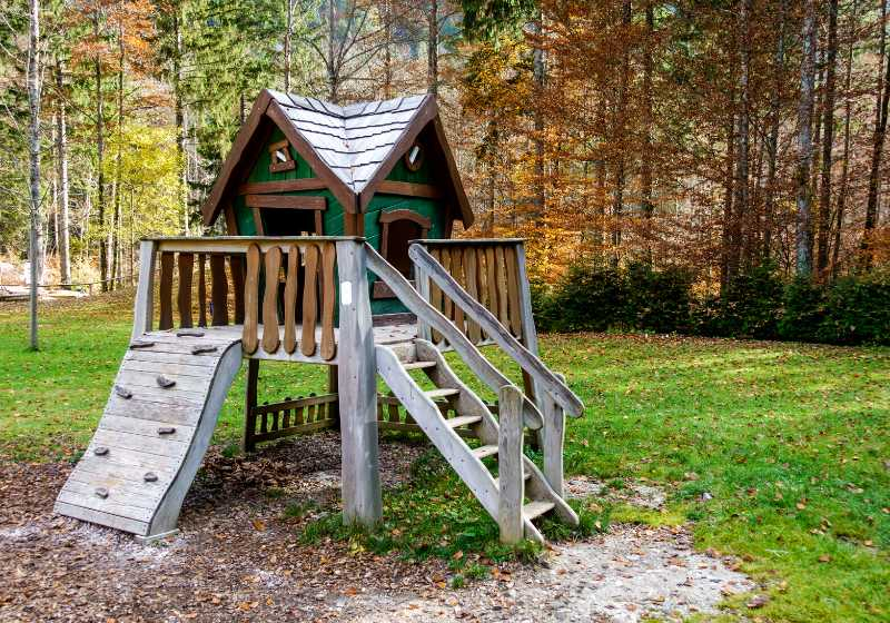 wooden fairytale treehouse playing house on | simple treehouse ideas
