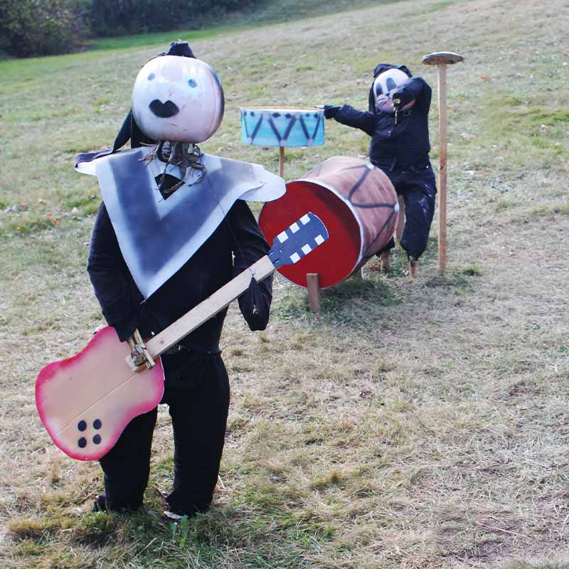 Pumpkin people band | how to make a scarecrow